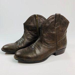 Madden Girl Snapshot Short Cowboy Boots